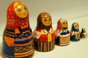 ダラフェエヴァ作 ボトル型民族衣装マトリョーシカ 5ピース<モスクワ、ヴォロネジ、スモレンスク、トヴェーリ、クラスノヤルスク> /9.5cm