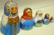 ダラフェエヴァ作 ボトル型民族衣装マトリョーシカ(ニスなしタイプ) 5ピース<オロネツ、ヤロスラーヴリ、メゼーニ、トヴェーリ、クラスノヤルスク> /9.5cm