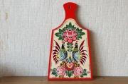 サーヴァスティナ作 ガラヂェッツ塗り・カッティングボード <つがいのニワトリ>(M) /31.5×18×1.5cm
