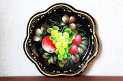ジョストヴォ塗り 円形金属トレイφ32cm  <黒地/リャビーナ>