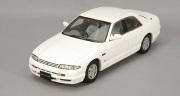 予約品 9月頃 ミニカー KIDBOX特注 CAM@ レジンモデル 1/43 C43067 日産 スカイライン GTS 25t (R33) 4ドアセダン 1993年型 ホワイト 4582224940851