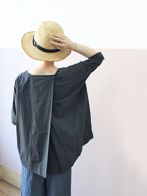 TOUJOURS (トゥジュー)  Boat Neck Wrap Back Shirt - HIGH COUNT COTTON WEATHER CLOTH - TM28SS01