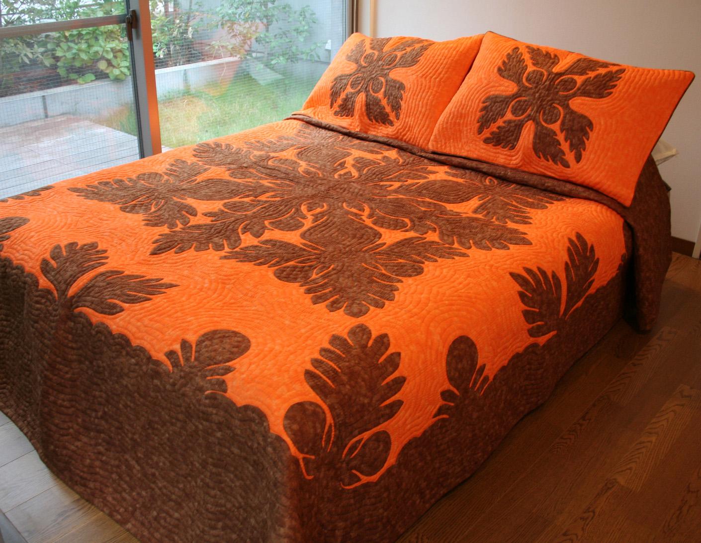 ハワイアンキルト、ベッドカバー、むら染め、ブレッドフルーツ、オレンジ、ブラウン、全体