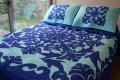 ハワイアンキルト、ベッドカバー、むら染め、ドルフィン、タートル、ブルー、ライトブルー、接写