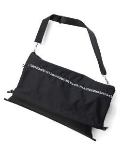 """【19SS】 soe (ソーイ)  """"Lettered Zip Shoulder Bag"""" <バッグ>"""