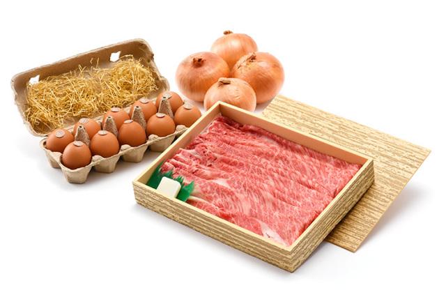 【お祝いの定番:厳選淡路牛ロースすき焼きに絶品卵と淡路島ブランド玉ねぎ付けて】(送料込)