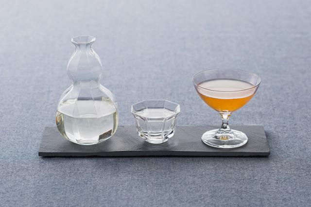【父の日ギフト】ポイント10倍対象商品今日は、食前酒からスタートしたいお父さんへ。千年一酒造の純米原酒「ロマンス」と日本酒で漬けた「梅酒」2本セット