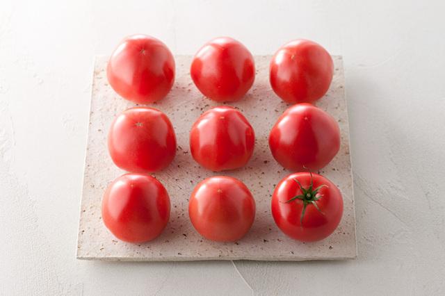 一本一本、トマト一筋に育てあげた希少な「淡路島産完熟トマト」