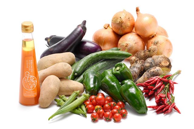 淡路島の市場からその日届いた秋の野菜(淡路島産玉ねぎ付き)を健康玉ねぎ&にんじんドレッシングで食べるセット