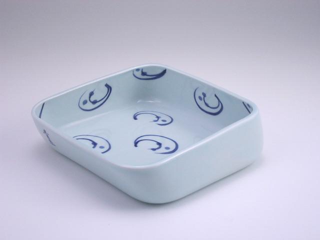 有田焼 青花 水草すくい易い小鉢