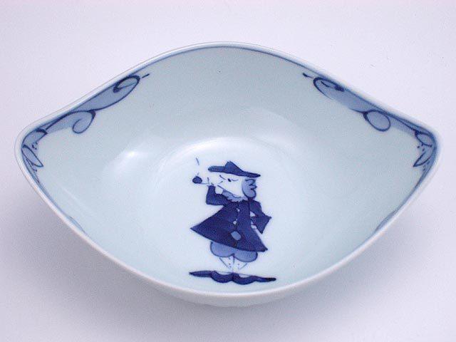有田焼 青花 パイプ異人舟型中鉢
