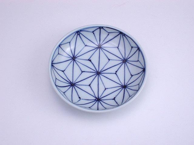 有田焼 青花 麻の葉3.6寸深小皿