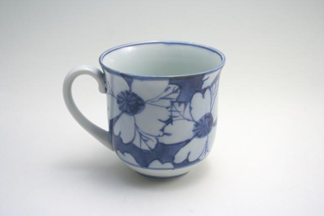 有田焼 青花 花濃反マグカップ