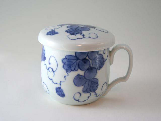 有田焼 青花 ぶどう絵フタ付きマグカップ