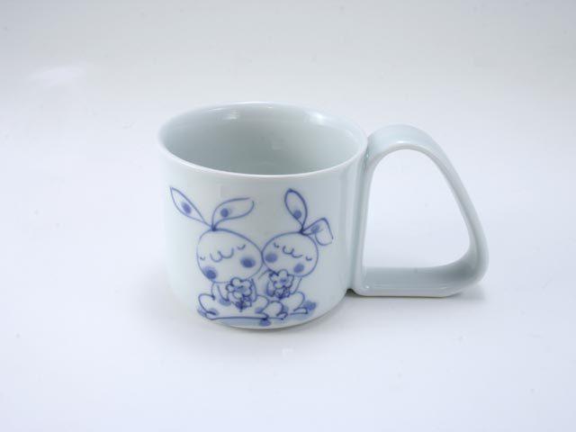 花うさぎ倒れにくいマグカップ(小) しん窯 青花