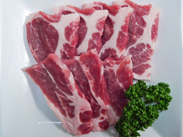 国産豚肩ロース焼肉用 約300g