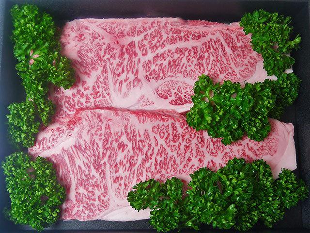 鹿児島県産特選黒毛和牛厚切りサーロインステーキ 約250g×2枚