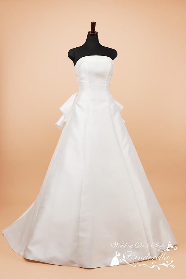 最新ウェディングドレス Aライン ミカドサテン