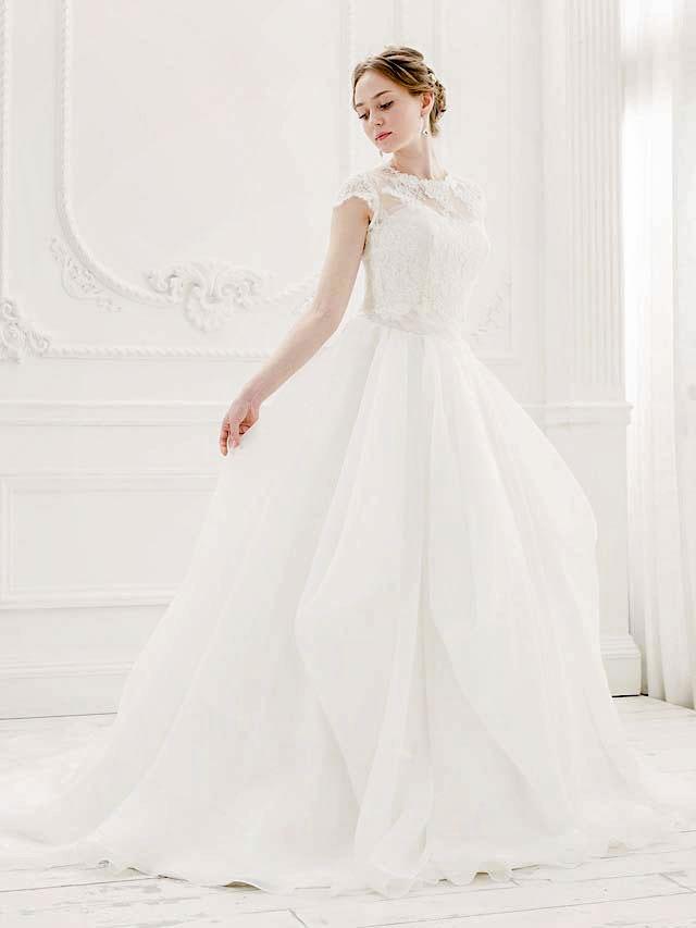 ドレープスカートの大人のウェディングスタイル 2wayドレス