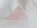 ローズクオーツのピラミッド  【pyramid023】