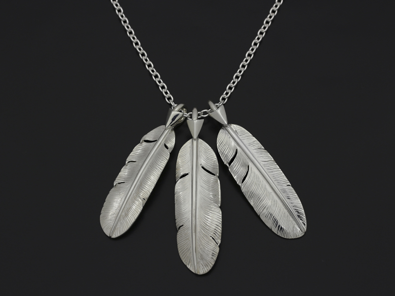 3 Arrow Feather Necklce