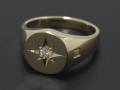 Oval Signature Ring K10YG w/Diamond