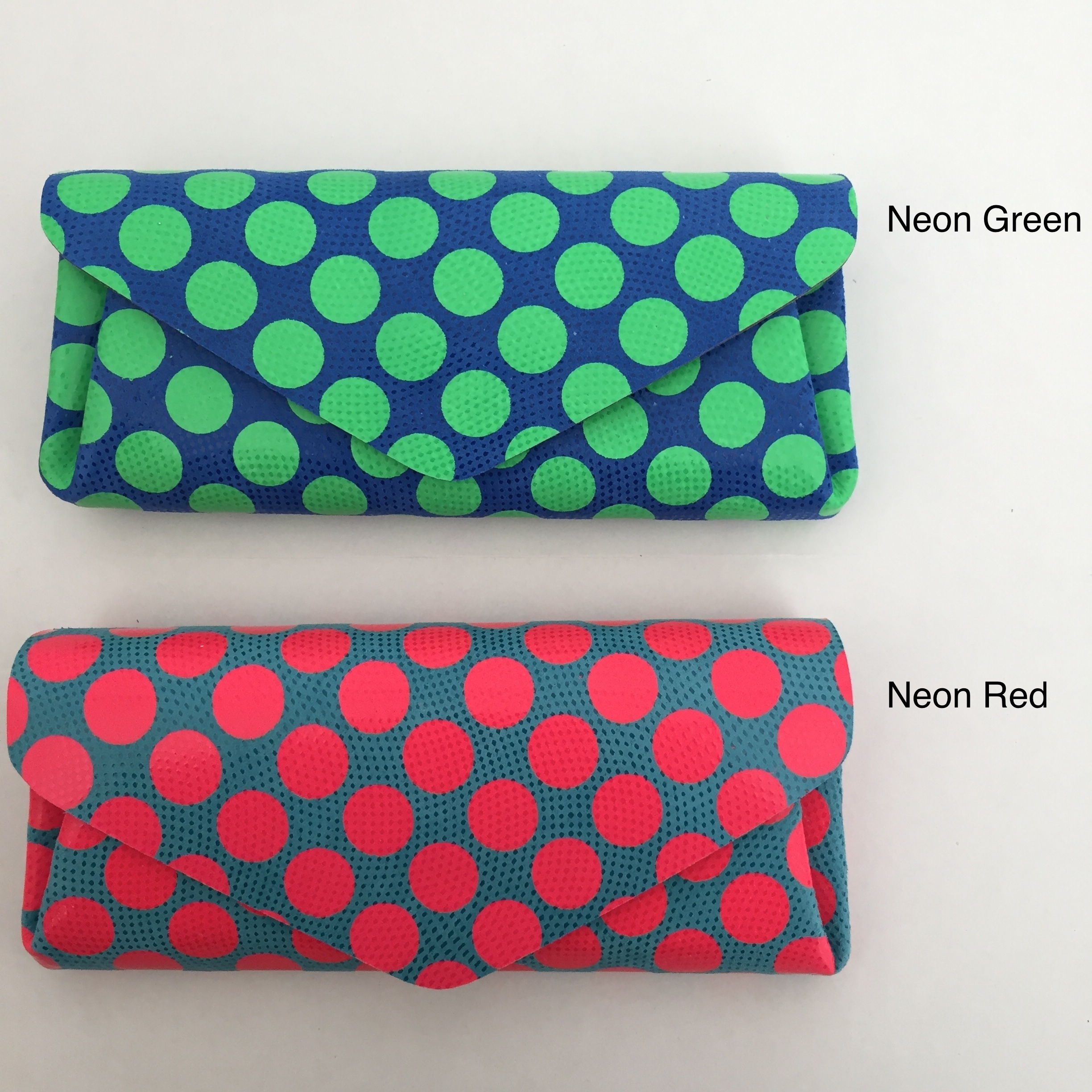 【carmine】Dot Leather Long Wallet Neon Color