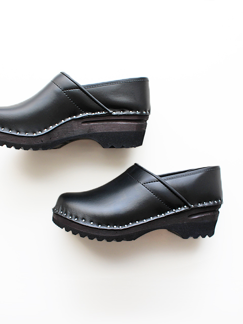 TROENTORP(トロエントープ) Swedish clog -closed back-