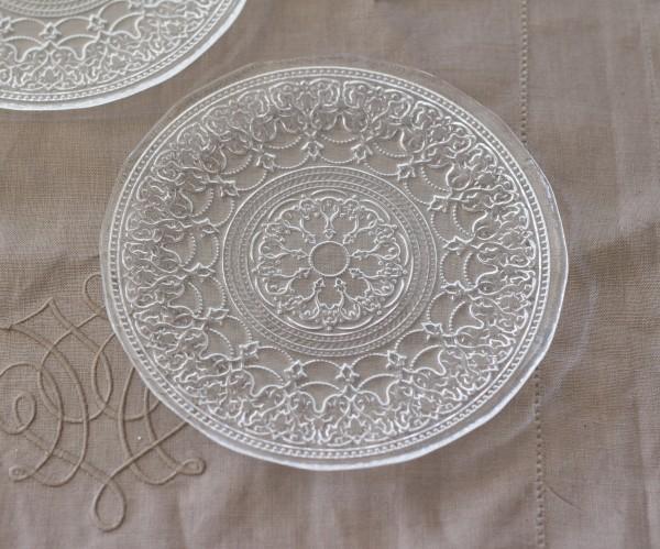 トルコ製の素敵なガラス食器♪ (プレートSサイズ) ガラスプレート 輸入食器 ガラス製 ケーキ皿 ディナー皿