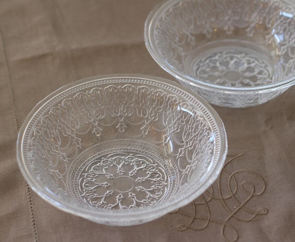 トルコ製の素敵なガラス食器♪ (ボールMサイズ) ガラスプレート 輸入食器 ガラス製 ケーキ皿 ディナー皿 ガラスボウル