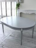 シャビーシックなダイニングテーブル(オーバル伸長式) カントリーコーナー 【Country Corner】 Gustavienコレクション ダイ