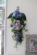 フラワーデコ・ブルー&パープルアジサイ 造花の壁掛け シルクフラワー アーティフィシャルフラワー ウォールデコ 壁飾り
