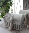 トワルドジュイのドームボックス(宝箱型)(グレー)♪ 当店オリジナル・布張りシリーズ トワル・ド・ジュイ カルトナージュ