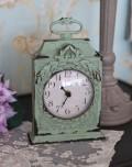 アンティーク調のガーランド・テーブルクロック♪ 置時計 ペールグリーン シャビーシック フレンチカントリー アンティーク風 ブ