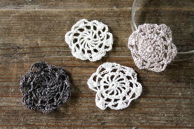 かぎ針編みモチーフ linen flower white
