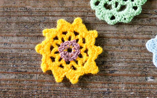 かぎ針編みモチーフ 黄色い花型 メール便可