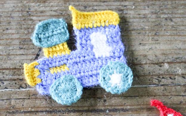 かぎ針編みモチーフ 汽車 メール便可