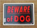 アメリカンサインボード 「BEWARE of DOG」 (猛犬注意!) メタル看板レッド