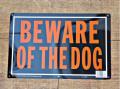 アメリカンサインボード 「BEWARE OF THE DOG」 (猛犬注意!) メタル看板オレンジ
