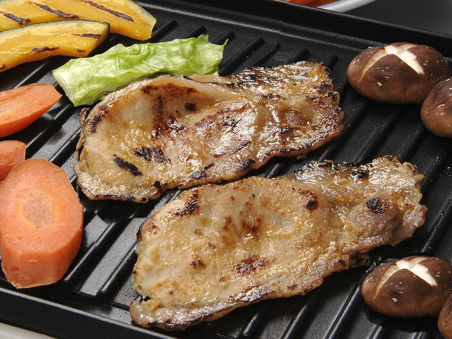豚ロースのホットプレート焼き肉