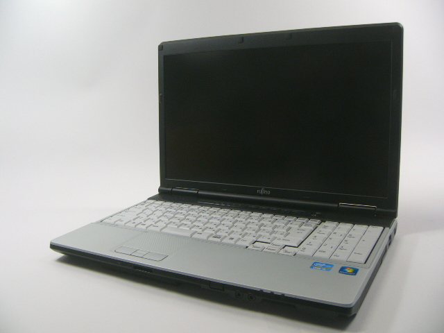 【送料無料・中古】 富士通 FMV LIFEBOOK E741/D 【Core i5/4GB/250GB/Win 7 Home 32bit】