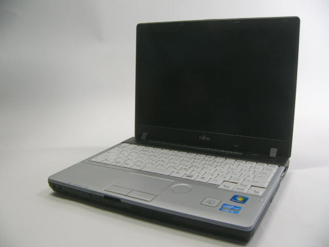 【送料無料・中古】富士通 FMV LIFEBOOK P771/D【Core i5/4GB/128GB/Win 7 Home 32bit】