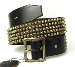 �����谷HTC(Hollywood Trading Company)��#14��5 row Pyramid Silver Studs Belt(5Ϣ�ԥ�ߥåɥ���С������å��٥��)���֥�å�