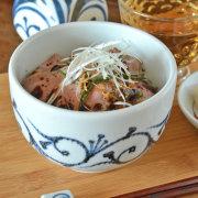 和食器・砥部焼 とびかんな唐草の深鉢(4寸)