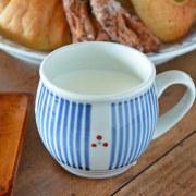 和食器・砥部焼 とくさみつ紋の丸ミルクカップ