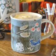 小さな鳥のマグカップ