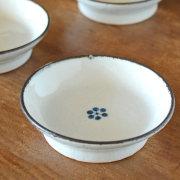 和食器・砥部焼 小梅文の古砥部小皿(3.5寸)
