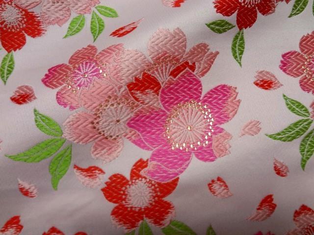 京西陣・金襴生地 爛漫大桜(淡桃) (和柄 和風 衣装 生地)
