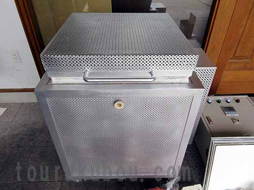 【中古】(八重洲技研)上蓋式電気窯『YH-8』フルセット1999年製<商談中>