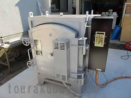 【中古】(日本電産シンポ)横扉式電気窯『DMT-10A』 2011年製
